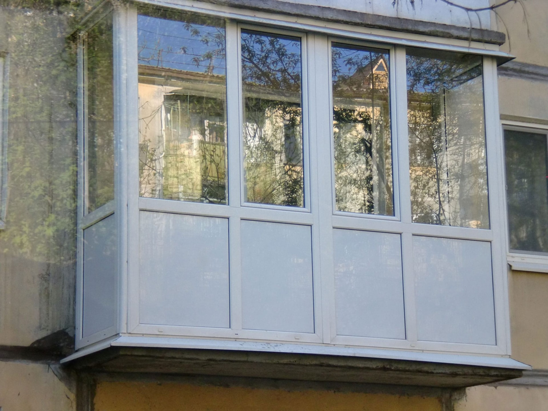 Французский балкон из пвх.